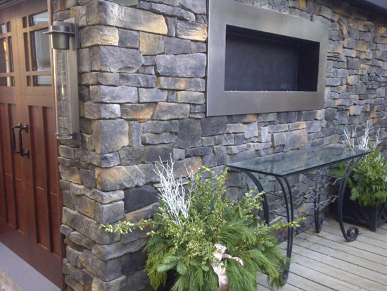 ledgestone stone veneer can be found in panelled stone and individual stone pieces which consist of thin rectangular and square pieces which are stacked